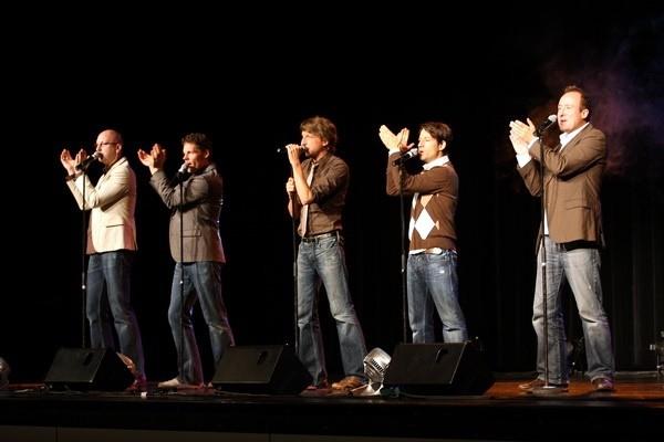 Konzert der A-Cappella Gruppe Basta in Attendorn Stadthalle 2010