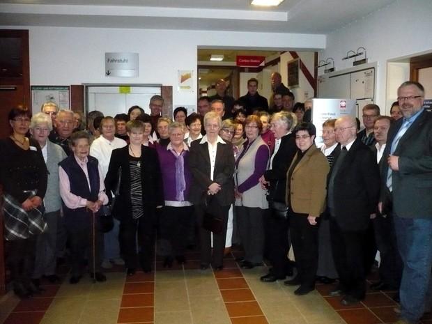 Ehrenamt Gruppenbild - Caritas Zentrum Attendorn