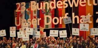 """Wettbewerb """"Unser Dorf hat Zukunft"""" Golddorf Niederhelden Siegerehrung Berlin 2011"""