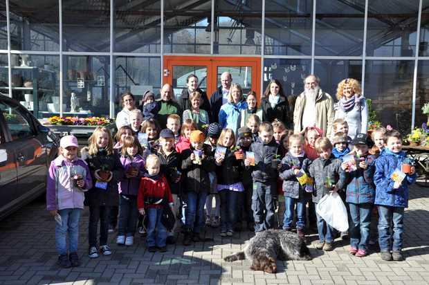 Sonnenschule besucht Gärtnerei Dirr