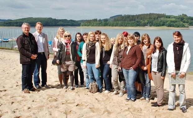 Schulklasse Stranbad Waldenburg 2011