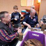 Sonnenschule: Basteln mit Papa und Opa
