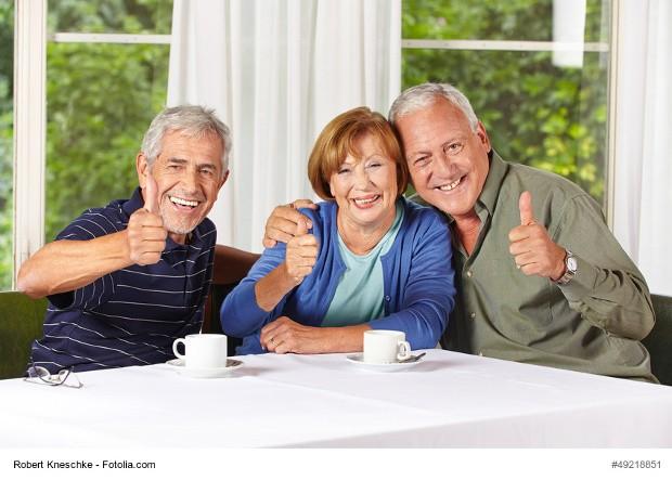 """Im """"Heumonat"""" Juli lädt die SPD Attendorn die daheim gebliebenen Seniorinnen und Senioren aus den Ortsvereinen Attendorn und Repetal - aber auch andere Interessierte - zum monatlichen Seniorenkaffee ein."""