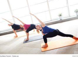 Triangle Pose - Yoga | Urheber: Ana Blazic Pavlovic