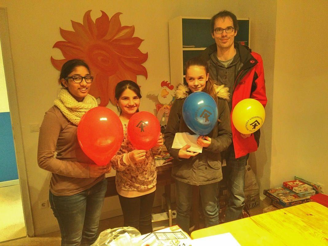 Kinderschutzbund Olpe - Luftballon Weitflug Wettbewerb