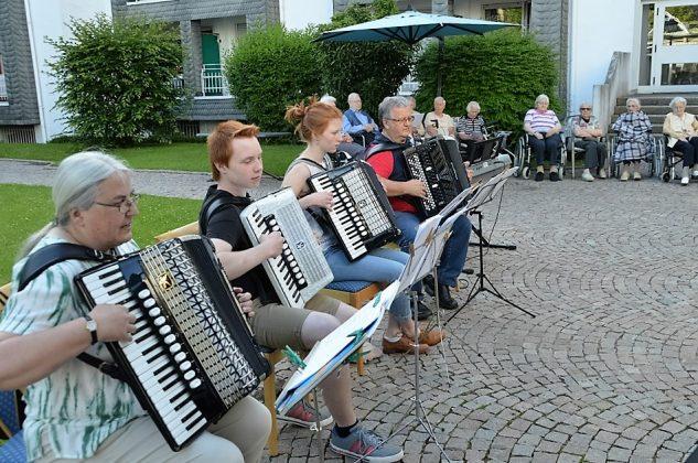 Akkordeonorchetser Attendorn - St. Liborius Attendorn