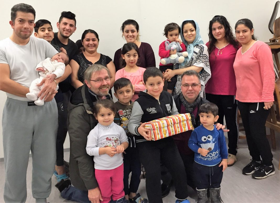 Geschenke für Flüchtlingskinder - SPD Attendorn 2016
