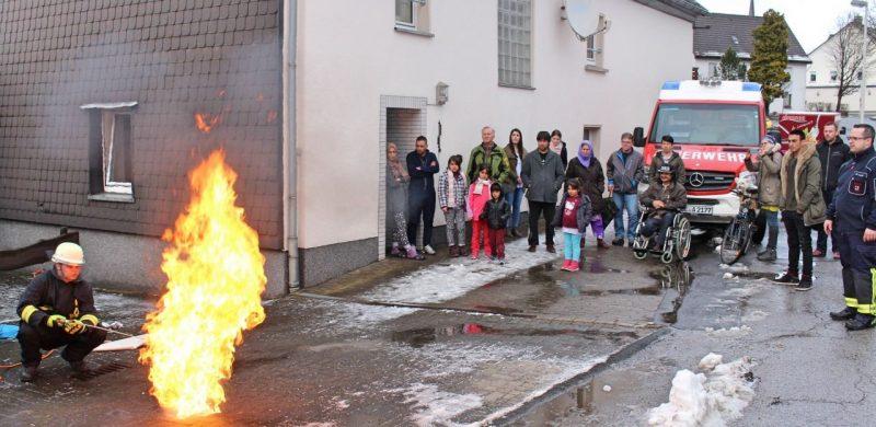 Brandschutzerziehung und Aufklärung in den Flüchtlingsunterkünften