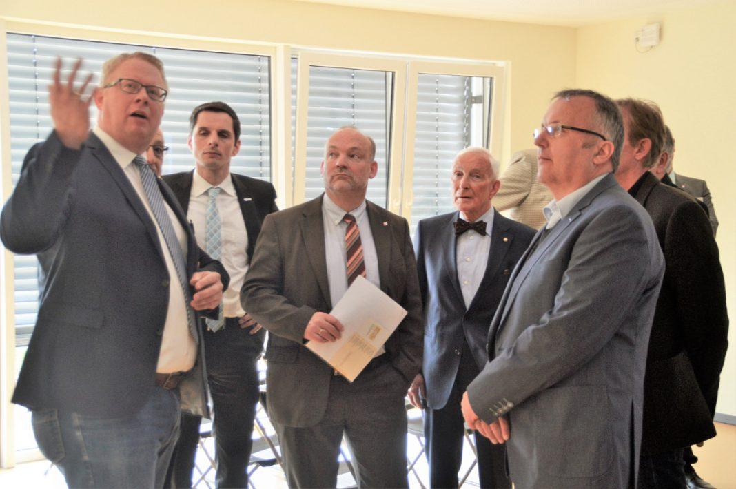 Werthmann-Werkstätten eröffnen b.punkt Attendorn