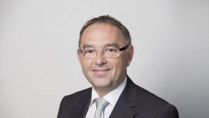 NRW-Finanzminister Walter-Borjans zu Gast in Attendorn