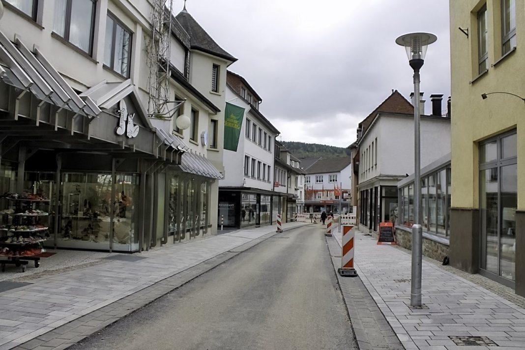 Halbzeit - Beustelle Ennester Straße Attendorn
