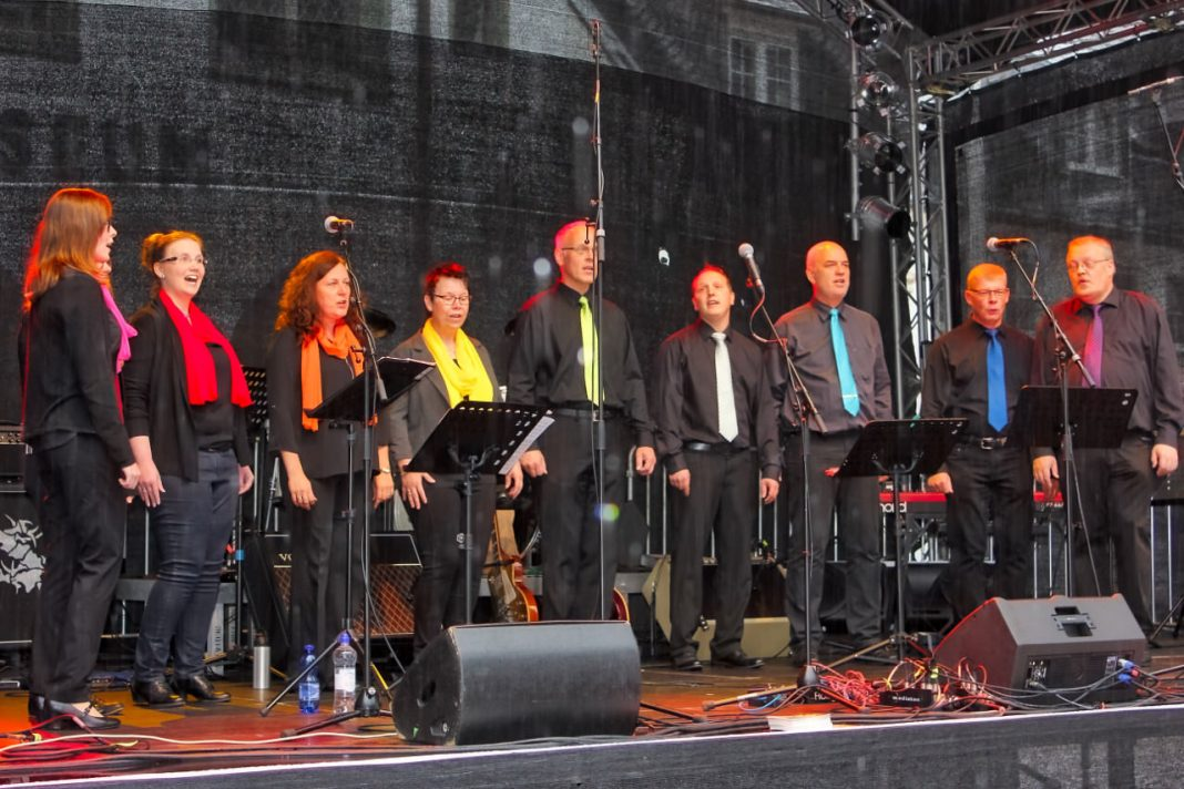 "Stadtfest Attendorn - A-capella-Ensemble ""Stilmix"""