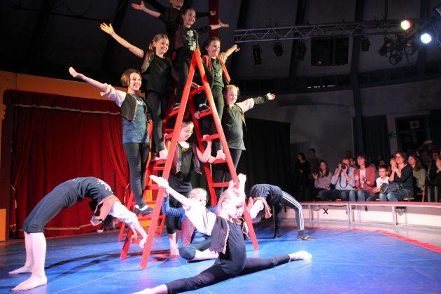 Zirkusvorstellungen im Forum der St.-Ursula-Schulen
