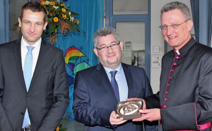 Einführung Rektor Koch Paderborn - St. Ursula Realschule Attendorn