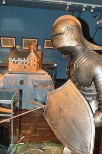 Südsauerlandmuseum Attendorn - Leben auf einer Burg